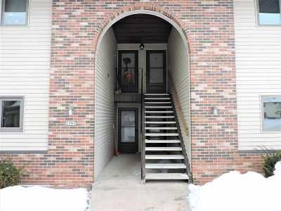 Oshkosh Condo/Townhouse Active-Offer No Bump: 1793 Maricopa #B