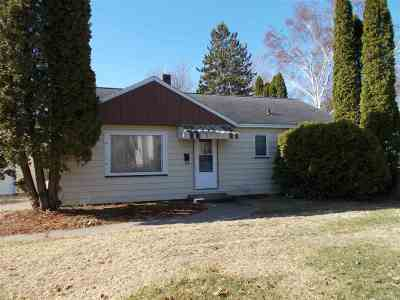 Menominee Single Family Home Active-No Offer: 1413 34th