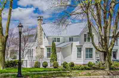 Green Bay Single Family Home Active-No Offer: 1102 S Monroe