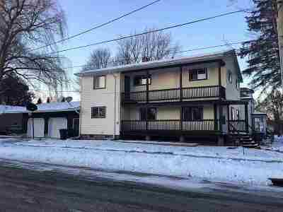 Shawano County Single Family Home Active-Offer No Bump-Show: 401 W 3rd