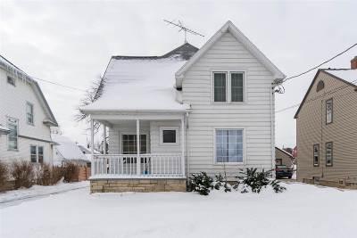 Oshkosh Single Family Home Active-Offer No Bump-Show: 241 W 9th