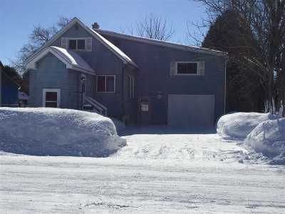 Marinette Single Family Home Active-Offer No Bump: 529 W Hosmer