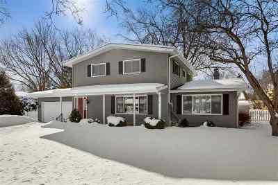 Appleton Single Family Home Active-Offer No Bump: 1017 E Park Ridge