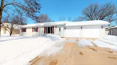 Green Bay Single Family Home Active-Offer No Bump: 3160 Meadow