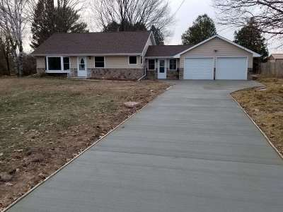 Howard, Suamico Single Family Home Active-No Offer: 12571 Velp