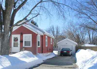Green Bay Single Family Home Active-Offer No Bump: 1256 Vanderbraak