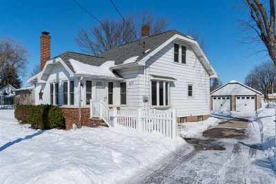 Little Chute WI Single Family Home Active-Offer No Bump: $179,900