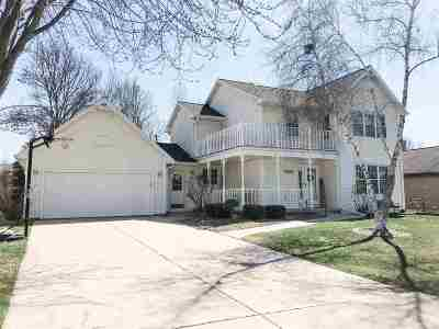 Green Bay Single Family Home Active-No Offer: 2397 La Rue