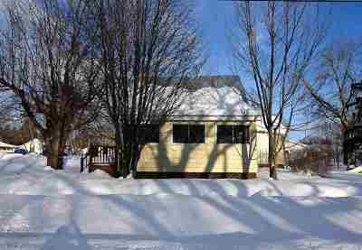 Winneconne Single Family Home Active-Offer No Bump: 303 S 3rd