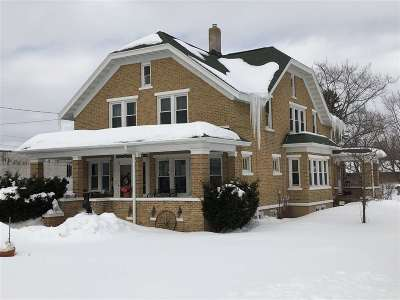 Bonduel Single Family Home Active-Offer No Bump: 205 E Green Bay