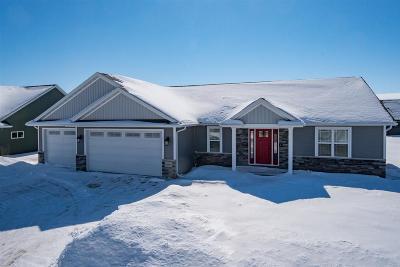 Menasha Single Family Home Active-No Offer: W6065 Ryford