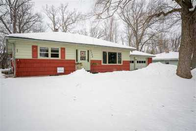 Kaukauna WI Single Family Home Active-Offer No Bump: $139,900