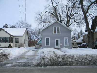 Oshkosh Single Family Home Active-No Offer: 1256 Wisconsin