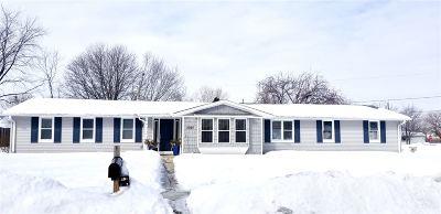 De Pere Single Family Home Active-Offer No Bump: 2020 W Vista