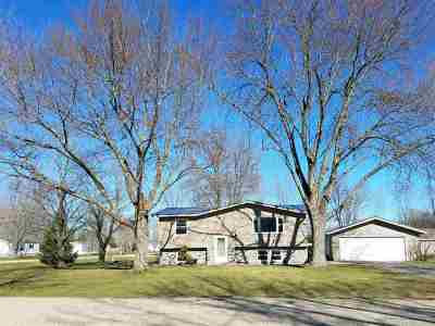 Single Family Home Active-Offer No Bump: 9534 Silver Springs