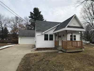 Shawano County Single Family Home Active-No Offer: 1216 S Andrews