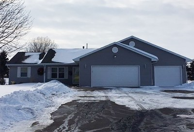 Oshkosh Single Family Home Active-Offer No Bump-Show: 5933 S Hwy 45