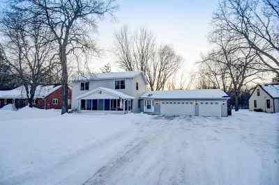 Appleton Single Family Home Active-No Offer: 1011 S Ridge