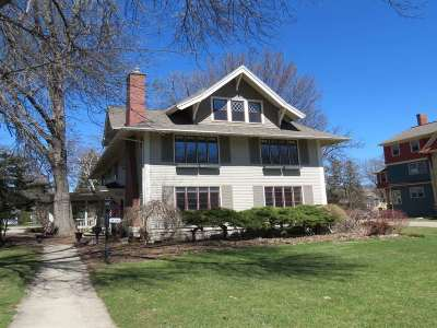 Neenah Single Family Home Active-No Offer: 616 E Forest