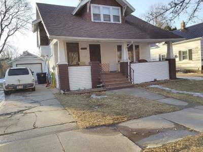 Appleton Single Family Home Active-No Offer: 1101 N Leminwah