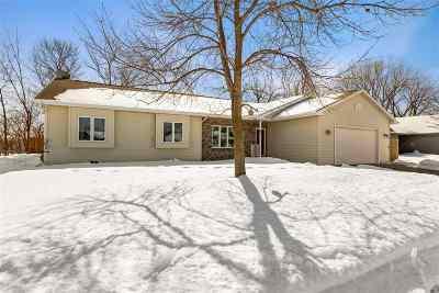 Appleton Single Family Home Active-No Offer: 1517 E Bedford