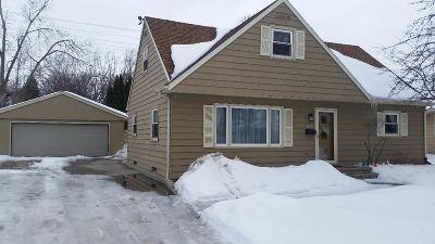 Appleton Single Family Home Active-Offer No Bump: 2637 N Ullman