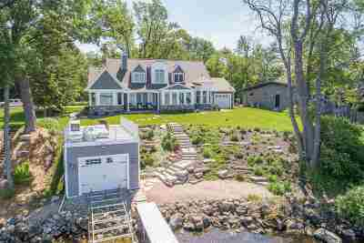 Winneconne Single Family Home Active-Offer No Bump: 6257 Lyngaas