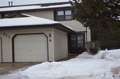 Appleton Condo/Townhouse Active-No Offer: 711 S Olson #A