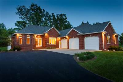 Brown County Single Family Home Active-No Offer: 3535 Meadow Sound