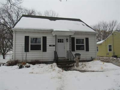 Green Bay Single Family Home Active-Offer No Bump: 1754 Lost