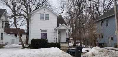 Oshkosh Multi Family Home Active-No Offer: 916 Wright