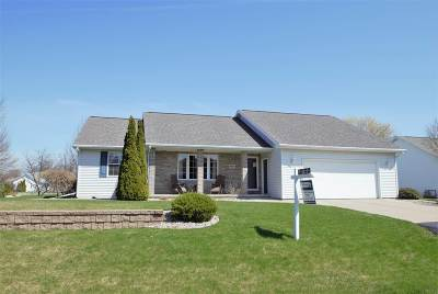 Appleton Single Family Home Active-No Offer: W2444 Snowberry