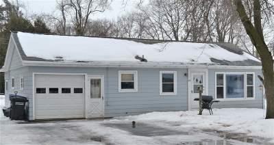 Oshkosh Single Family Home Active-No Offer: 34 Myrna Jane