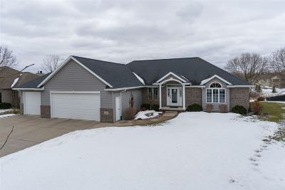 Combined Locks WI Single Family Home Active-No Offer: $369,900