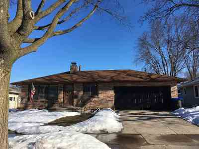 Appleton Single Family Home Active-Offer No Bump: 1024 W Frances