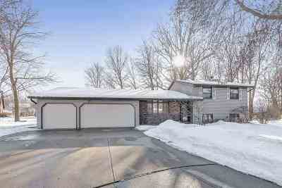 Green Bay Single Family Home Active-No Offer: 2482 Curtis