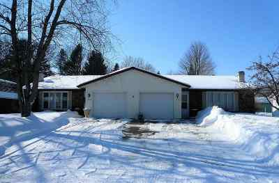 Green Bay Multi Family Home Active-No Offer: 1622 Canary