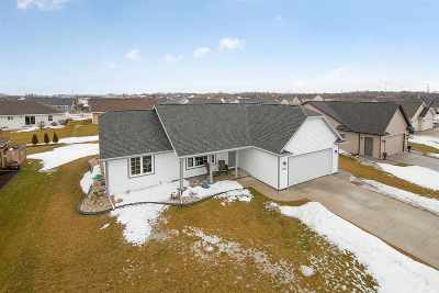 De Pere Single Family Home Active-Offer No Bump: 1751 Ballinamore