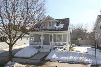 Green Bay Single Family Home Active-No Offer: 981 Christiana
