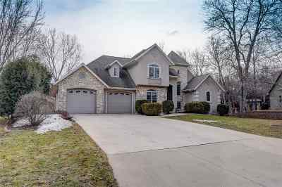 Neenah Single Family Home Active-No Offer: 1012 Timber Run