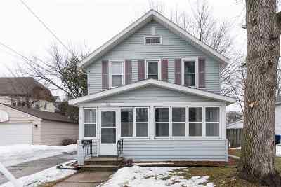 Oshkosh Single Family Home Active-No Offer: 682 Grand