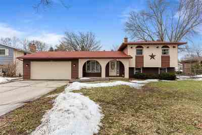 Green Bay Single Family Home Active-No Offer: 2552 Vicki