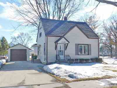 Green Bay Single Family Home Active-Offer No Bump: 1518 Smith