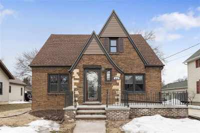 Appleton Single Family Home Active-Offer No Bump: 812 W Winnebago