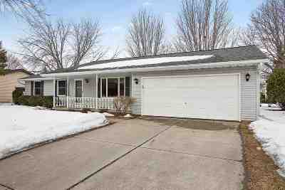 Green Bay Single Family Home Active-No Offer: 1200 Sandstone