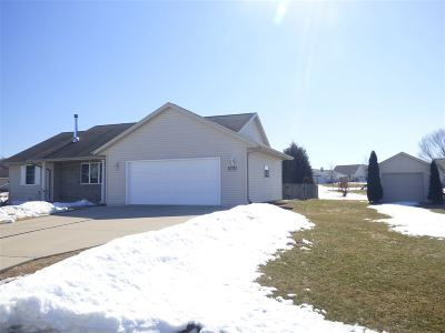 Green Bay Single Family Home Active-No Offer: 3816 Sandpiper