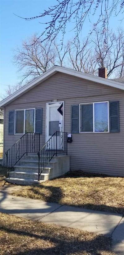 Oshkosh Single Family Home Active-No Offer: 664 Broad