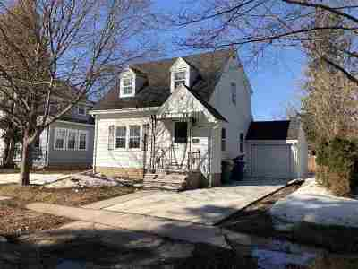 Green Bay Single Family Home Active-No Offer: 1018 Christiana