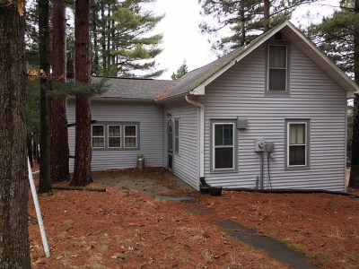 Single Family Home Active-No Offer: W12121 Hwy Gg