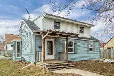 Kaukauna Single Family Home Active-No Offer: 6 Armstrong